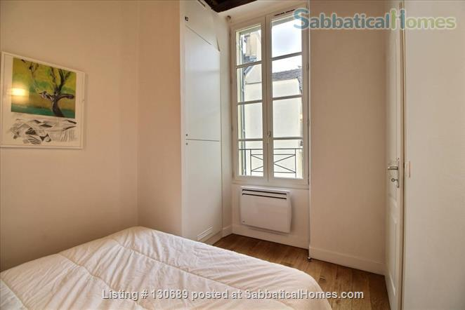 Charming 1 bedroom apartment in Latin Quarter 200 yards from Notre Dame Home Rental in Paris, Île-de-France, France 7