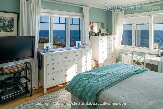 Furnished, Oceanfront/Beachfront 3-bedroom,2-bathroom home  Home Rental in Marblehead, Massachusetts, United States 5