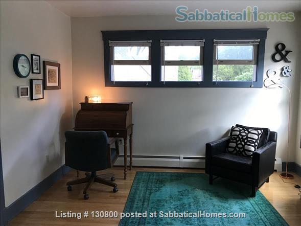 Cozy Old West 2 bedroom - Downtown Ann Arbor Home Rental in Ann Arbor, Michigan, United States 4