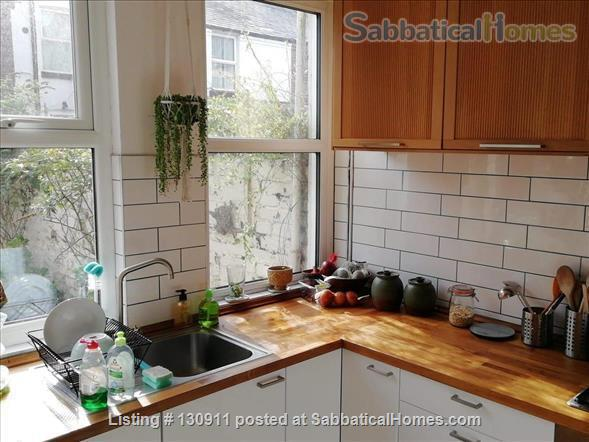 COZY AND STYLISH VICTORIAN TERRACED HOME NEAR LARK LANE & SEFTON PARK Home Rental in Liverpool, England, United Kingdom 3