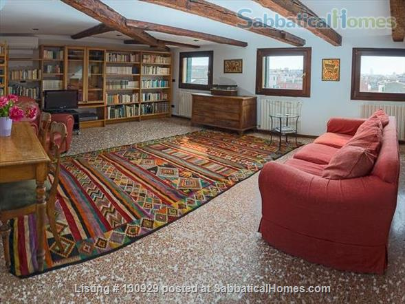 Charming historical flat overlooking the Venetian rooftops Home Rental in Venice 1