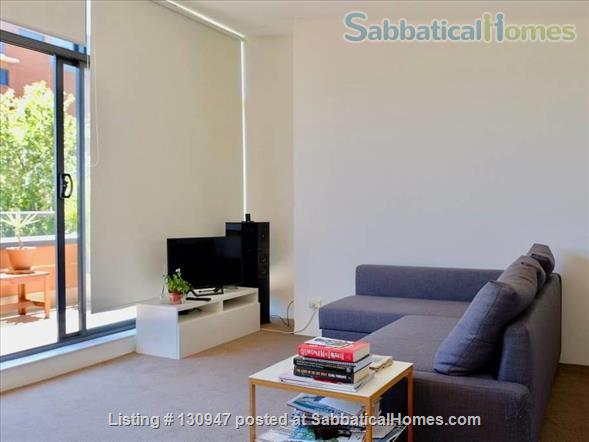 Sunny Apartement walking distance to Sydney University, UTS, and  RPAH Home Exchange in Newtown, NSW, Australia 3