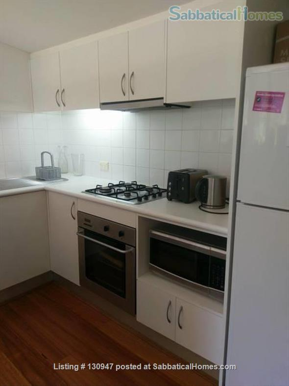 Sunny Apartement walking distance to Sydney University, UTS, and  RPAH Home Exchange in Newtown, NSW, Australia 6