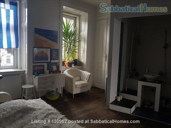 Inspirational Feel-Good Home, Ideal Location, for 2-4 Guests Home Rental in Vienna, Wien, Austria 6