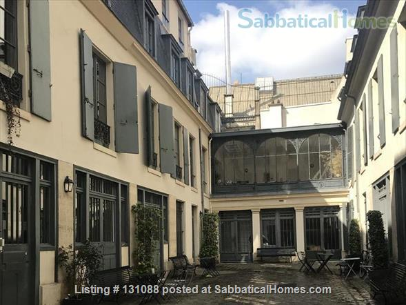 Quiet lovely apartment in XVIII century courtyard in the heart of Paris Home Rental in Paris, Île-de-France, France 1