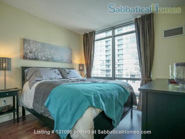 Condo: 2 beds, 1 bath, AMAZING DOWNTOWN LOCATION! Home Rental in Toronto, Ontario, Canada 3