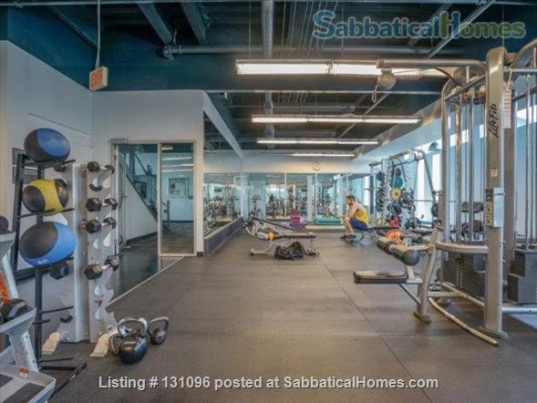 Condo: 2 beds, 1 bath, AMAZING DOWNTOWN LOCATION! Home Rental in Toronto, Ontario, Canada 8