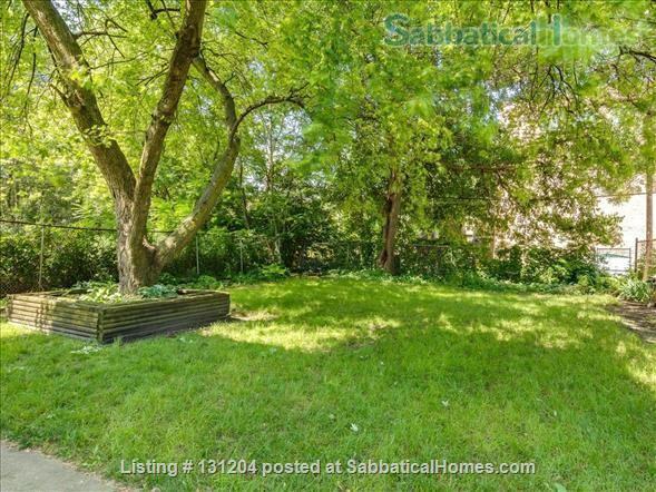 Furnished 2brd 2 bath near University of Chicago Home Rental in Chicago, Illinois, United States 5