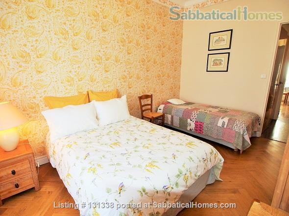 Nice - centrally placed spacious bright sunny flat - ideal for business, sightseeing and travel Home Rental in Nice, Provence-Alpes-Côte d'Azur, France 5
