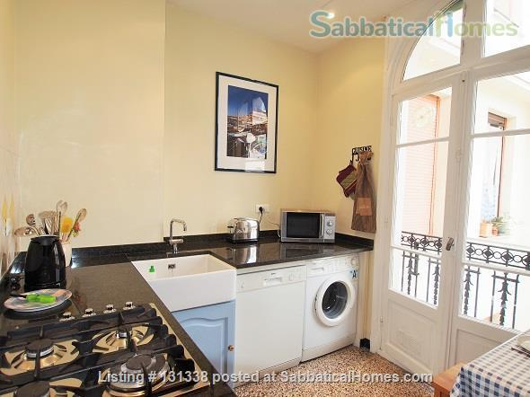 Nice - centrally placed spacious bright sunny flat - ideal for business, sightseeing and travel Home Rental in Nice, Provence-Alpes-Côte d'Azur, France 6