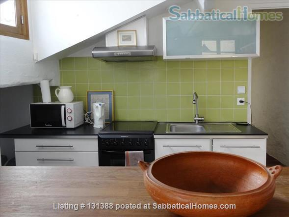 Bright and sunny Apt 4-5 persons with a view over the city Home Rental in Lyon, Auvergne-Rhône-Alpes, France 5