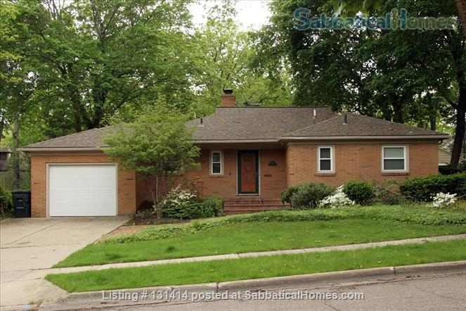 EXECUTIVE HOME FOR LEASE - EAST LANSING, GLENCAIRN NEIGHBORHOOD Home Rental in East Lansing, Michigan, United States 1