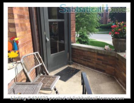 Beautiful, furnished, light-filled condo in Historic District Home Rental in Evanston, Illinois, United States 2