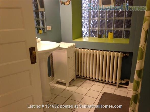 Beautiful, furnished, light-filled condo in Historic District Home Rental in Evanston, Illinois, United States 4