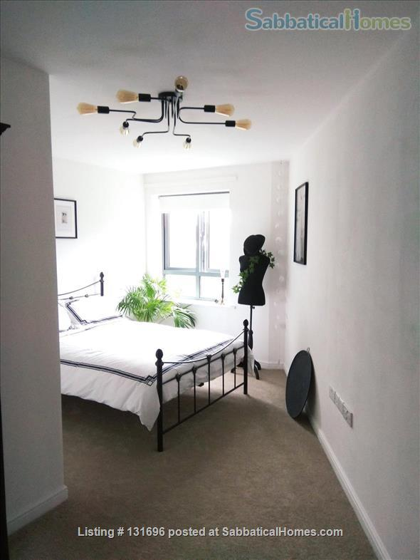 Central Modern Oxford Apartment-Heart of Jericho Home Rental in Oxford, England, United Kingdom 2