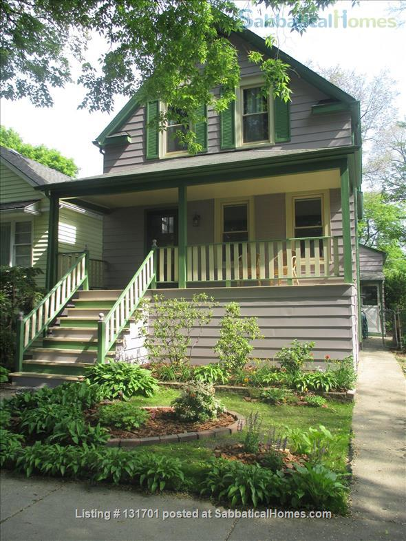$2900 - Charming 4/5bd, 2ba House on Tree-Lined St near Northwestern Home Rental in Evanston, Illinois, United States 1