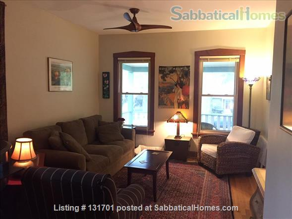 $2900 - Charming 4/5bd, 2ba House on Tree-Lined St near Northwestern Home Rental in Evanston, Illinois, United States 0
