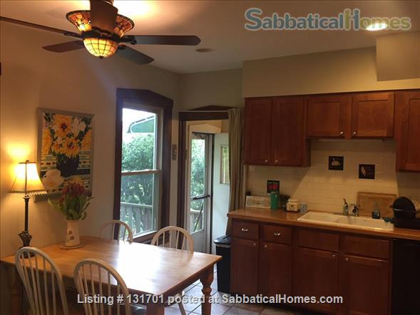 $2900 - Charming 4/5bd, 2ba House on Tree-Lined St near Northwestern Home Rental in Evanston, Illinois, United States 2