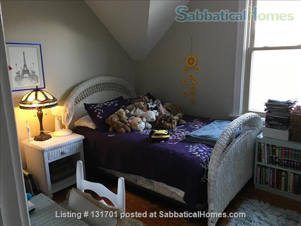 $2900 - Charming 4/5bd, 2ba House on Tree-Lined St near Northwestern Home Rental in Evanston, Illinois, United States 6