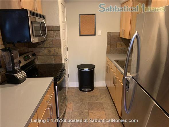 1 bed/1 bath Hyde Park Home Rental in Austin, Texas, United States 2
