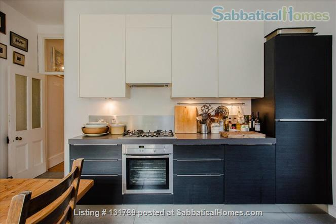 Spacious 2 bedroom flat with pretty private  garden near central London Home Rental in Greater London, England, United Kingdom 6