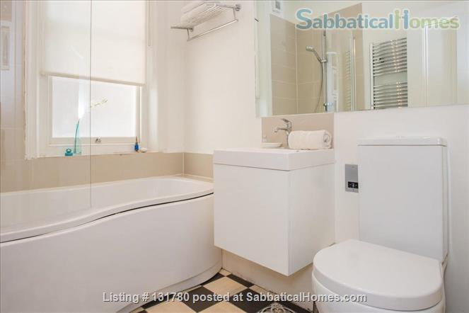 Spacious 2 bedroom flat with pretty private  garden near central London Home Rental in Greater London, England, United Kingdom 7