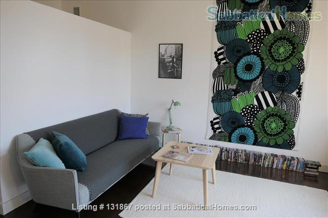 Beautiful, spacious top floor apartment with bay view in central Helsinki Home Rental in Helsinki, , Finland 2