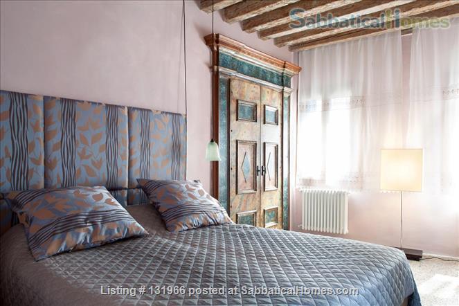 Scala Mata: Unique, Ancient and Homely Apartment near the Giardini Home Rental in Venezia, Veneto, Italy 0