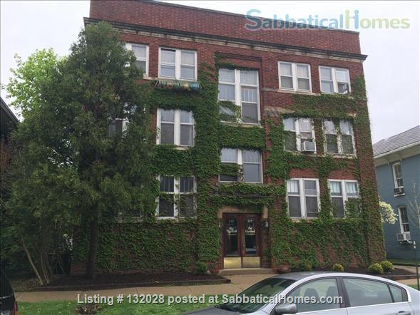 Spectacular large downtown apartment Home Rental in Champaign, Illinois, United States 9