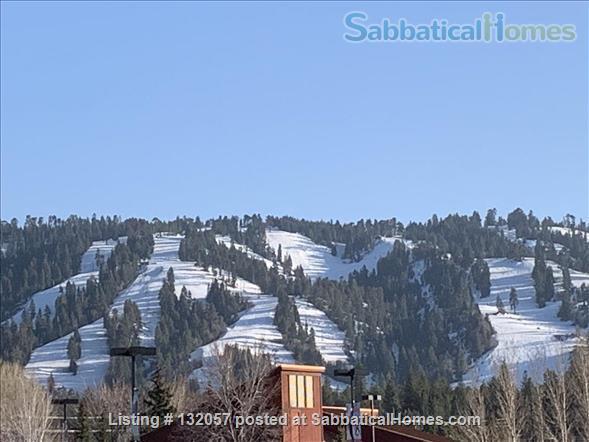 2+1 Mountain Retreat in Big Bear, California Home Rental in Big Bear, California, United States 9