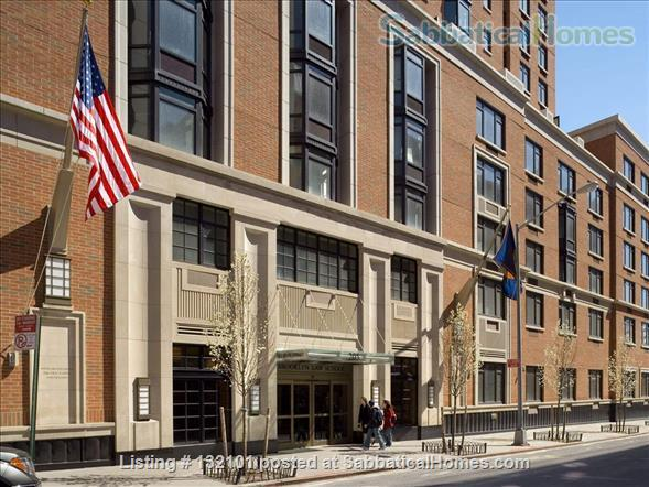 Modern Two Bedroom, Two Bath + Office Apartment W/24 Hr Front Desk Security Home Rental in Brooklyn, New York, United States 1