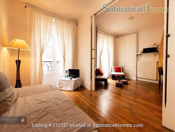 """A """"chic"""" apartment, only 2 blocks from Opera Bastille, 2 bedrooms. Home Rental in Paris, Île-de-France, France 3"""
