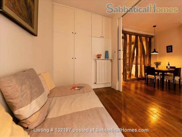 """A """"chic"""" apartment, only 2 blocks from Opera Bastille, 2 bedrooms. Home Rental in Paris, Île-de-France, France 1"""