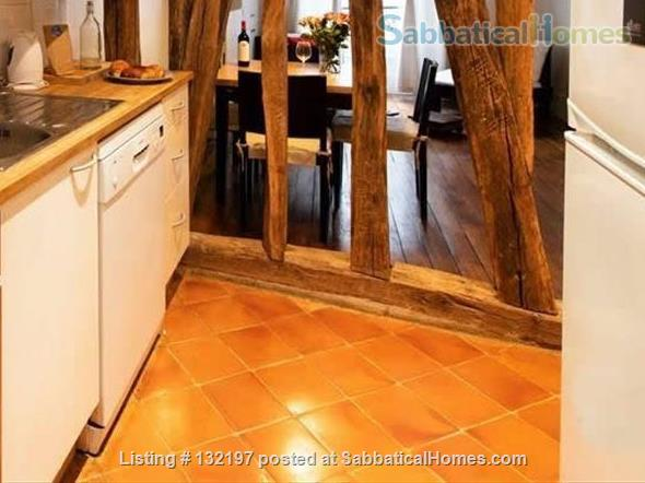 """A """"chic"""" apartment, only 2 blocks from Opera Bastille, 2 bedrooms. Home Rental in Paris, Île-de-France, France 4"""