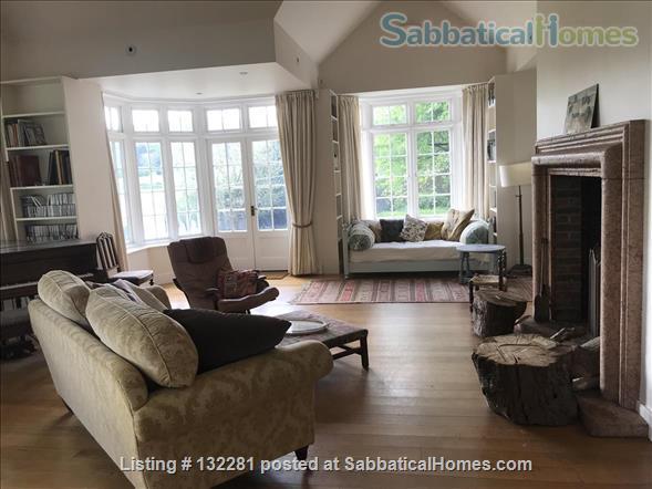 4 / 5 Bed  Rural home near Sussex University & Brighton - stunning  views Home Rental in Hurstpierpoint, England, United Kingdom 4