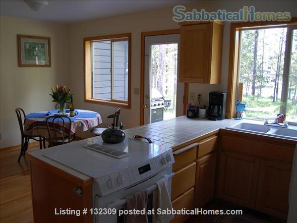 Riverfront 3BR Home South of Sunriver, Oregon Home Rental in Bend, Oregon, United States 5