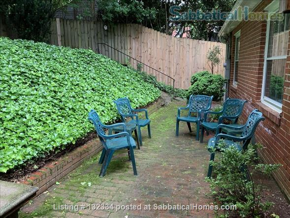 Charming 2 BR with parking included Home Rental in Raleigh, North Carolina, United States 9