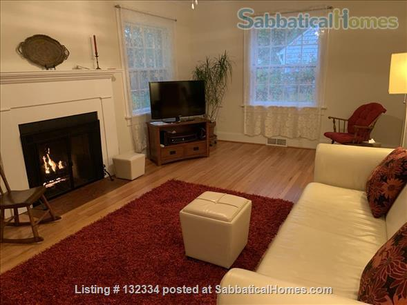 Charming 2 BR with parking included Home Rental in Raleigh, North Carolina, United States 2