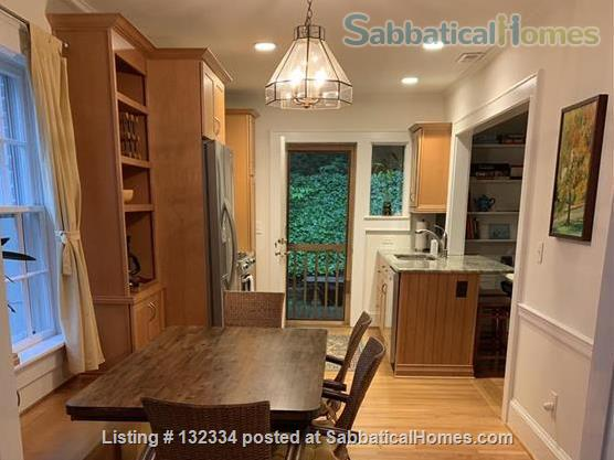 Charming 2 BR with parking included Home Rental in Raleigh, North Carolina, United States 3