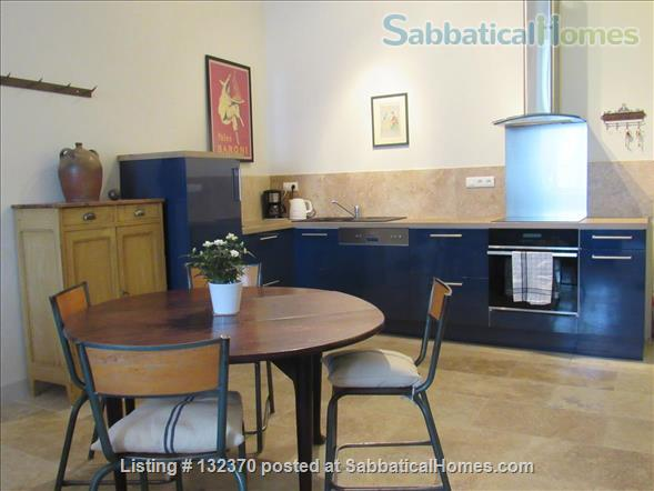 Sophisticated, Serene Provence Apartment in Vibrant Medieval Village.  Home Rental in L'Isle-sur-la-Sorgue, Provence-Alpes-Côte d'Azur, France 0