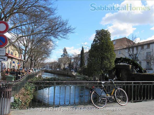Sophisticated, Serene Provence Apartment in Vibrant Medieval Village.  Home Rental in L'Isle-sur-la-Sorgue, Provence-Alpes-Côte d'Azur, France 7