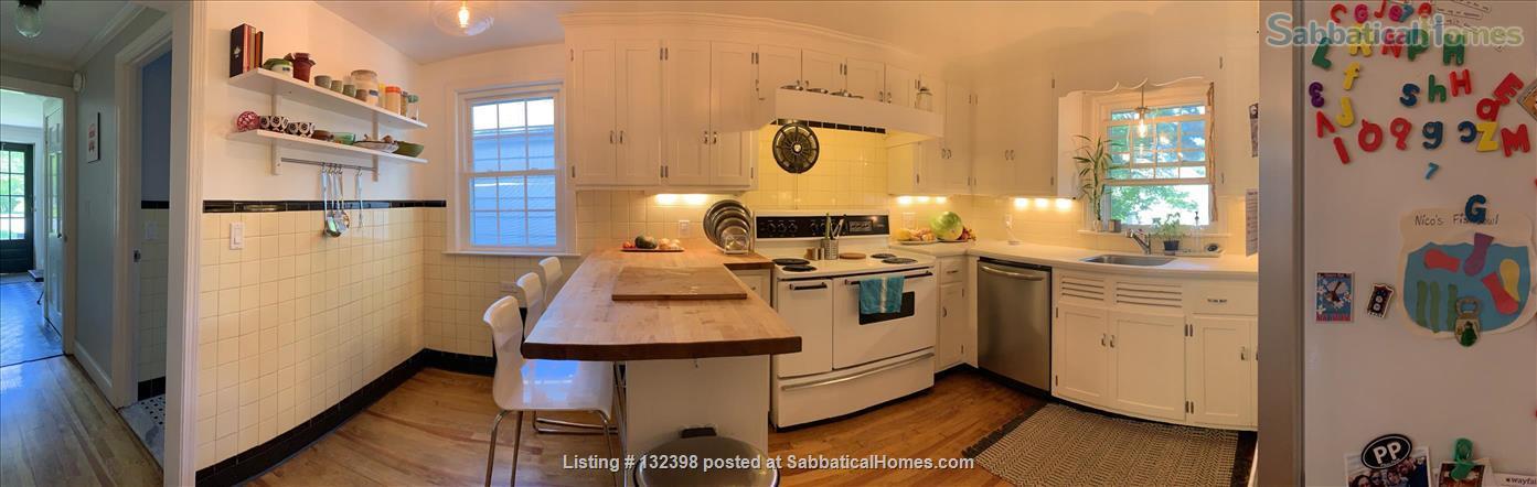 Large 3BR 2BA West Hartford, UConn Health, UConn, CCSU, USJ, Trinity, UHart Home Rental in West Hartford, Connecticut, United States 5