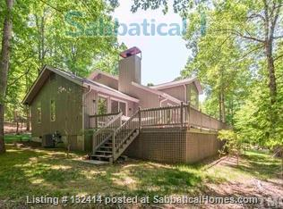 Country setting in between Duke in Durham and UNC in Chapel Hill Home Rental in Chapel Hill, North Carolina, United States 0
