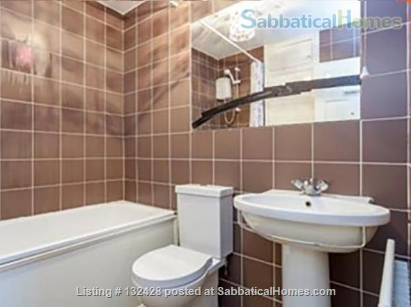 Spacious 2-bed flat with patio near University College London (Camden/King's X) Home Rental in Kings Cross, England, United Kingdom 6