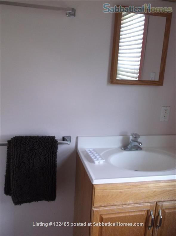 One-person furnished pied-à-terre, walk to Haverford & Bryn Mawr Colleges Home Rental in Ardmore, Pennsylvania, United States 8