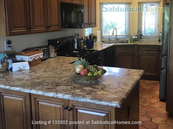 Beautiful Furnished Home near UCSD, includes utilities and gardener Home Rental in San Diego, California, United States 4