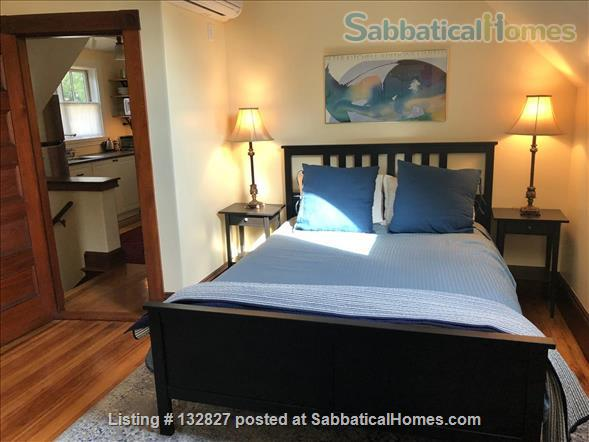 Sunny 2-bedroom in Porter Sq near Harvard/MIT/Tufts  (Utilities included) Home Rental in Somerville, Massachusetts, United States 0