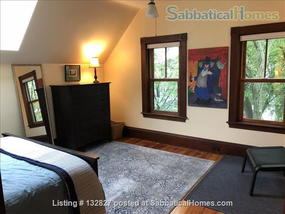 Sunny 2-bedroom in Porter Sq near Harvard/MIT/Tufts  (Utilities included) Home Rental in Somerville, Massachusetts, United States 1