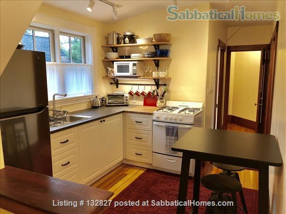 Sunny 2-bedroom in Porter Sq near Harvard/MIT/Tufts  (Utilities included) Home Rental in Somerville, Massachusetts, United States 3