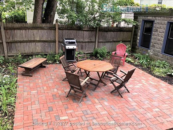 Sunny 2-bedroom in Porter Sq near Harvard/MIT/Tufts  (Utilities included) Home Rental in Somerville, Massachusetts, United States 8